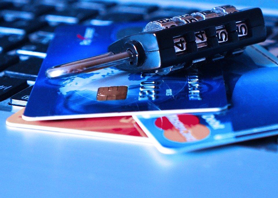 アメリカで作るクレジットカードの人気おすすめランキング10選のサムネイル画像