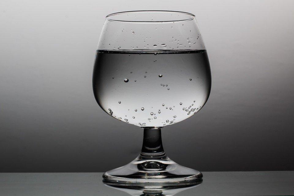浄水器で水道水はおいしくなる?タイプ別に浄水器を徹底比較!