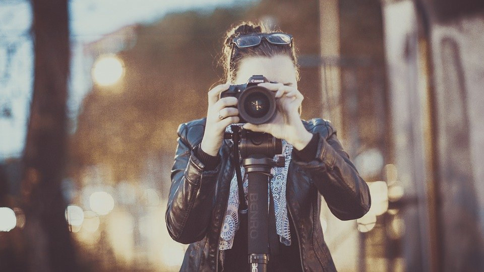 カメラスタビライザーの人気おすすめランキング15選【2021年最新】