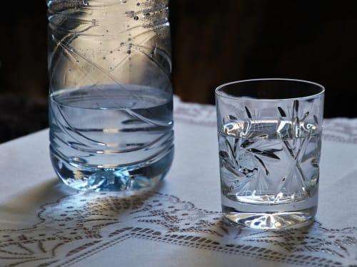 水 グラス